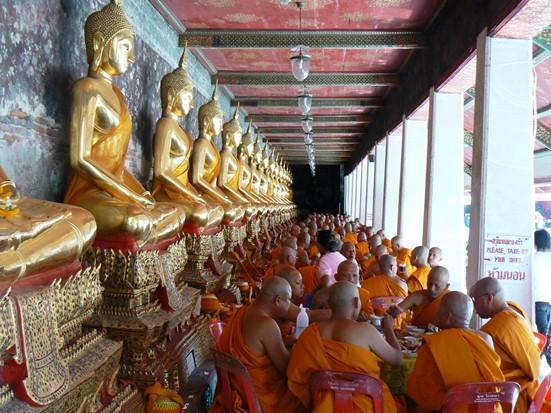 bangkok-monks